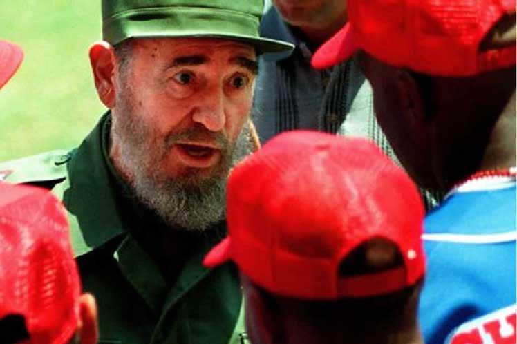 Deportistas cubanos agradecen sus triunfos a Fidel Castro