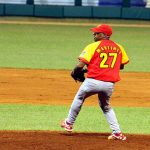Jonder Martínez completó el juego ante Camagüey y Matanzas sigue imparable. Foto tomada de Trabajadores/ Archivo.