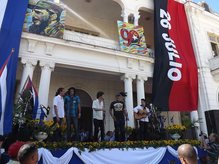 Acto homenaje a Fidel en Manzanillo // Foto Eliexer Peláez