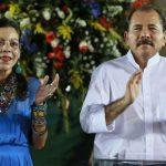 Daniel Ortega y Rosario Murillo saludan Triunfo de la Revolución