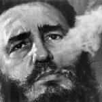 Fidel Castro, en La Habana en 1985. Foto: Charles Tasnadi/ AP.