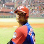 El catcher Frank Camilo Morejón, defiende los colores de los Alazanes y ha sido clave en la defensa y con bateo oportuno en los play off. Foto: ACN/ John Vila