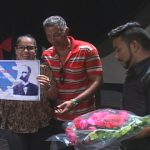 cultural Loumaris López Vila, directora del proyecto Corales del Golfo le fue entregada la Condición de Miembro de Honor de la Brigada José Martí // Foto Glfovisión TV