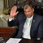 Rafael Correa Delgado, presidente de Ecuador recibe el título Doctor Honoris Causa en el Aula Magna de la Universidad de La Habana. Foto: Roberto Garaycoa Martínez/ Cubadebate.