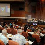 Diputados cubanos reciben información de los ministros
