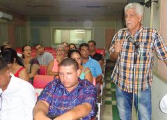 Asamblea de la UPEC en Manzanillo // Foto Marlene Herrera