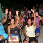 Vecinos del de la circunscripción 81, zona 178 del Consejo Popular número tres celebranm su reunión de nominación // Foto Marlene Herrera