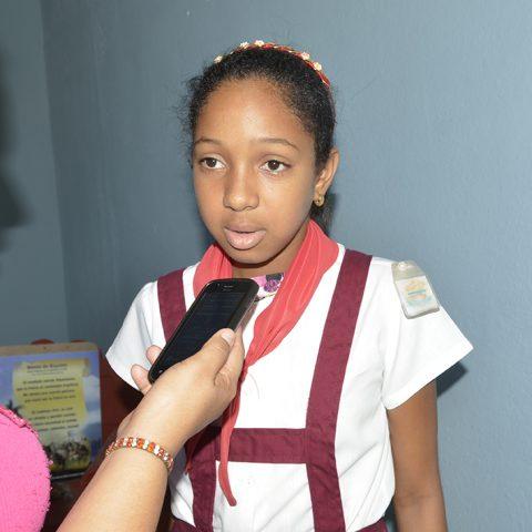 Adriana Marian Fernández recibe los beneficios de estudiar en el Seminternado Mariana Grajales // Foto Marlene Herrera
