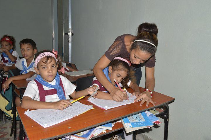 Más de 200 niños estudian en el seminternado Mariana Grajales // Foto Marlene Herrera