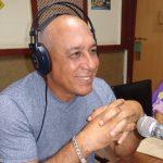 Orestes Ernesto Remón Saborit , locutor y director de programas de Radio Granma // Foto Marlene Herrera