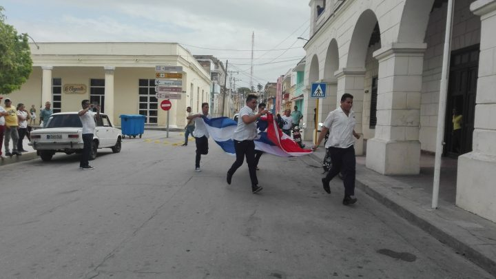 Estudiantes rememoran hechos del 13 de marzo // Foto Marlene Herrera