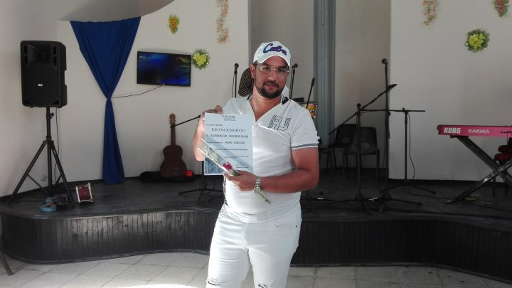 Gustavo Cuba, premio en spot // Foto Marlene Herrera