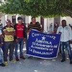 Contingente Aniversario 150 con trabajadores del INDER // Foto Marlene Herrera