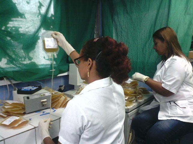 Desde los departamentos del referido centro manzanillero, sus 61 trabajadores construyen una obra humanitaria // Foto Denia Fleitas
