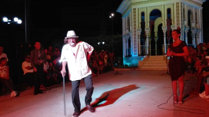 El Pillín no podía faltar con el humorista Jesús Méndez, Pepino // Foto Marlene Herrera