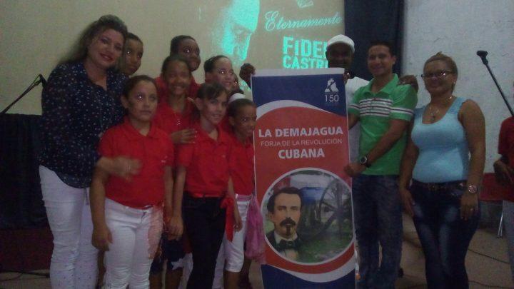 Artistas granmenses dedican homenaje a Fidel en Manzanillo // Foto Eliexer Peláez
