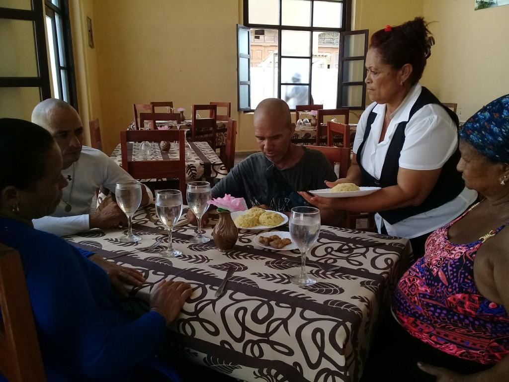 Los cambios forman parte de un proceso de restauración que reciben unidades gastronómicas de la localidad // Foto Denia Fleitas