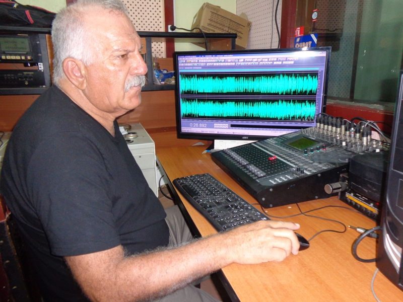 Rolando de la Cruz trabajó por 43 años en Radio Granma //Foto Eliexer Pelaez Pacheco