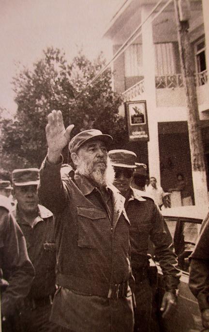 Fidel se despide del pueblo manzanillero el 29 de mayo de 1992 //Foto de archivo
